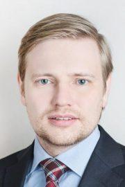 Денис Емельянов